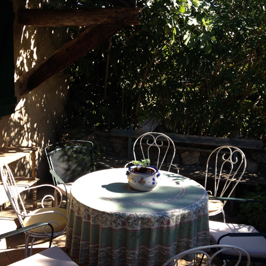 Little French Villa outdoor patio dining